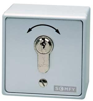 somfy schl sseltaster aufputz oder unterputz f r garagentorantriebe friedhelm betting und. Black Bedroom Furniture Sets. Home Design Ideas